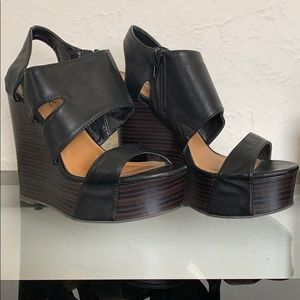 Wedges for day or night!